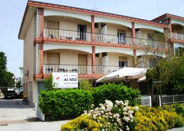 Отель  Albergo Al Sole  - отзывы Booking