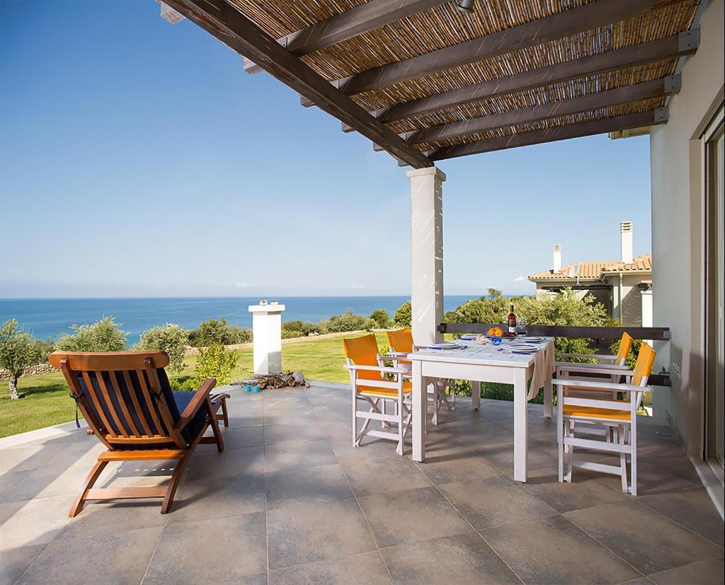 Дома для отпуска  Ploes Villas  - отзывы Booking