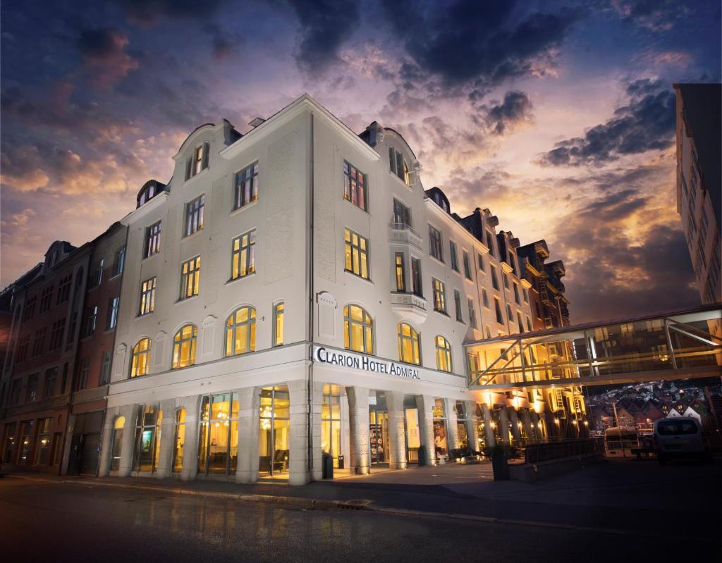 Отель  Отель  Clarion Hotel Admiral