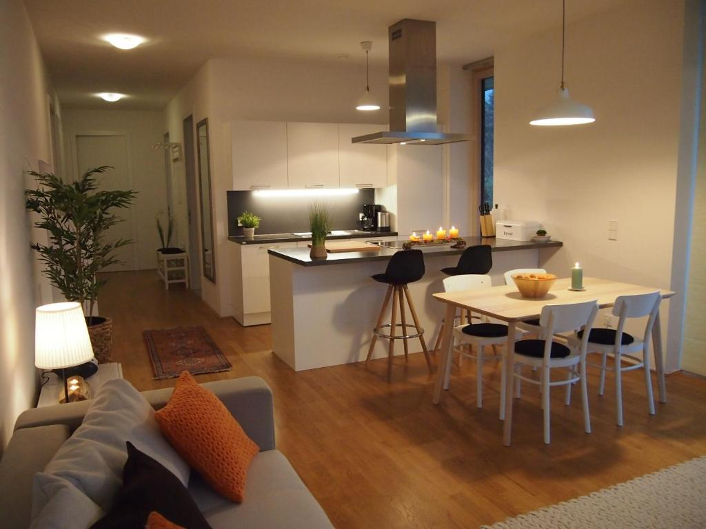 Апартаменты/квартира  Apartment Schlosspark Am Traunsee