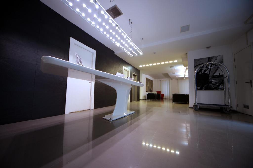 Отель  Urban Hotel Design  - отзывы Booking