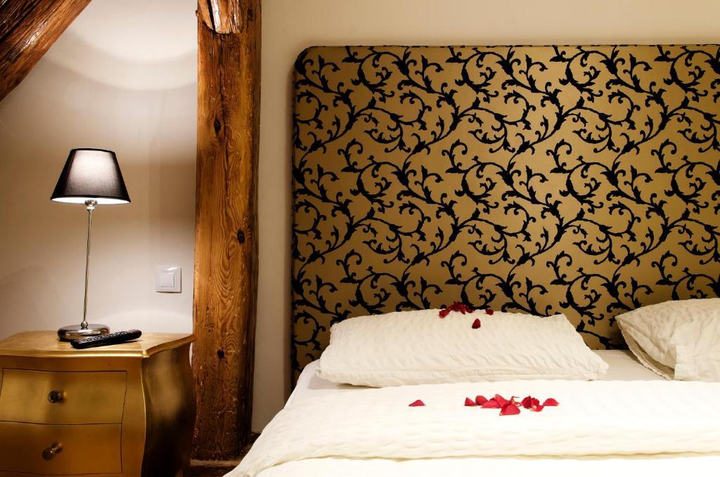 Отель Dolce Vita Suites Boutique - отзывы Booking
