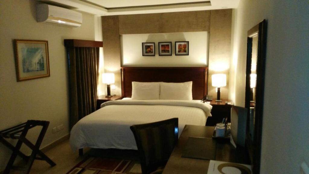 Гостевой дом Hotel One Super, Islamabad