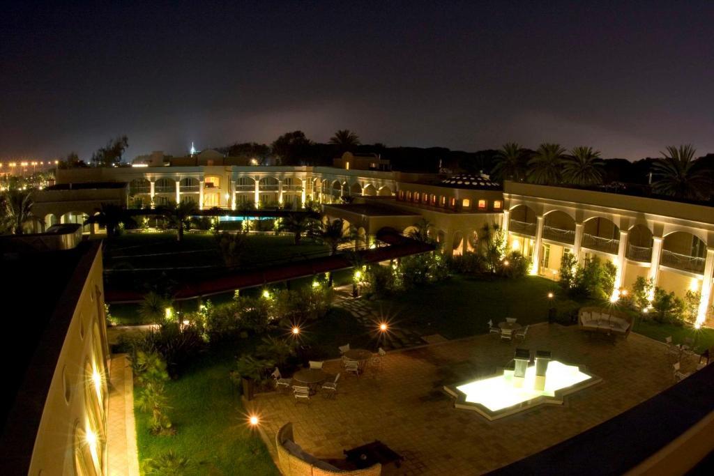 Отель  Отель  Romano Palace Luxury Hotel