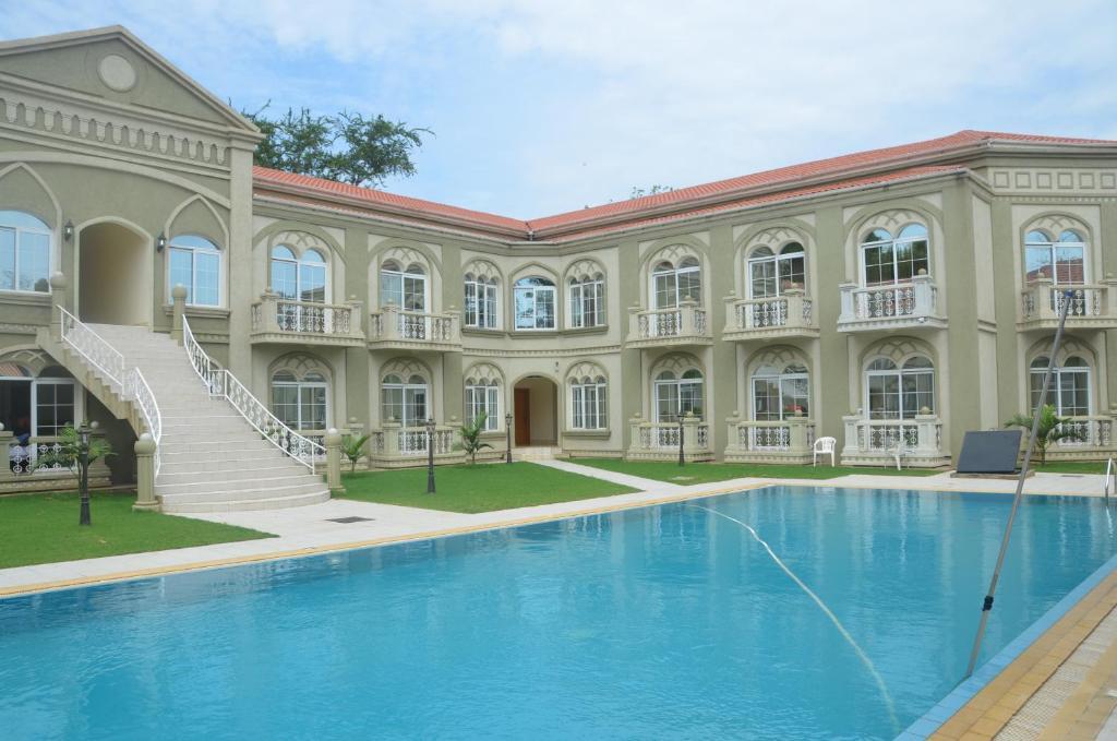 Отель  La Corte Toscana Hotel & Resort Juba  - отзывы Booking