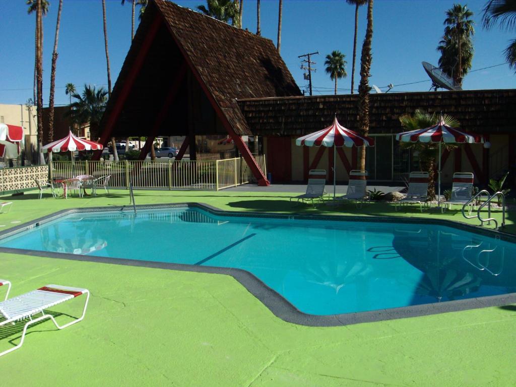 Мотель Desert Lodge - отзывы Booking