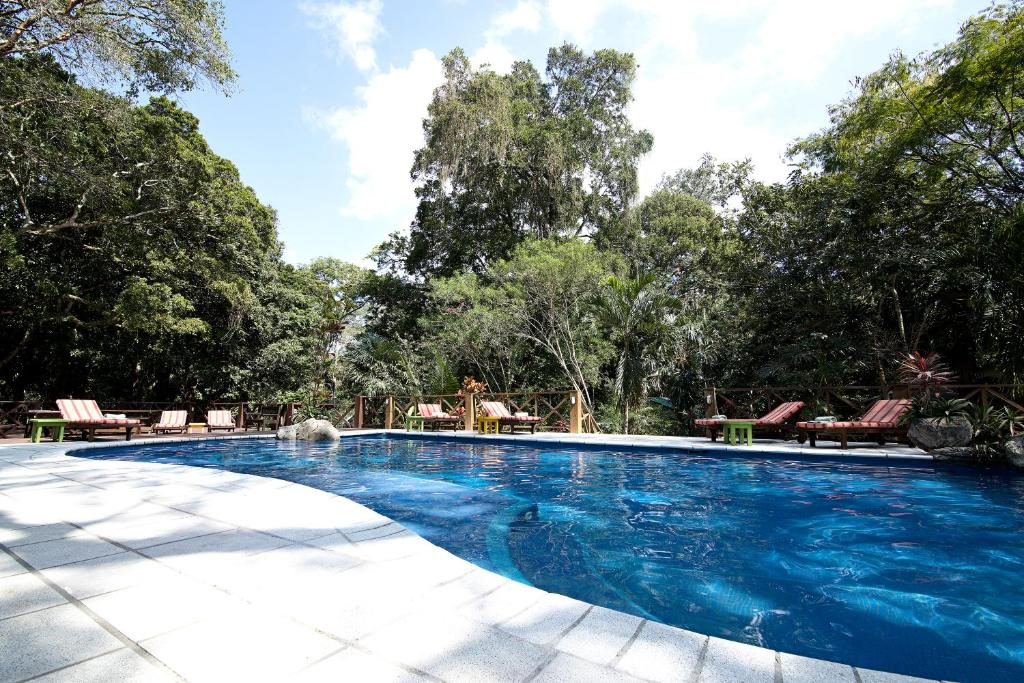 Отель Hotel Jungle Lodge Tikal