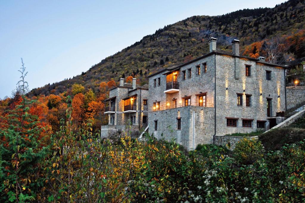 Отель  Hotel Athina  - отзывы Booking