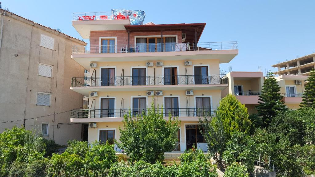 Отель Hotel Villa Zeneli - отзывы Booking