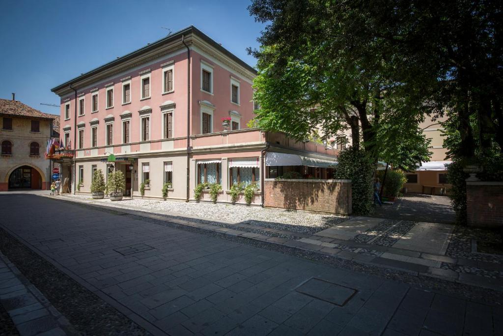 Отель  Hotel Spessotto  - отзывы Booking