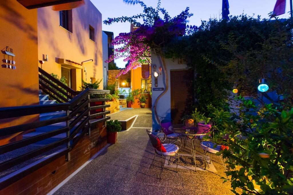Апартаменты/квартиры  AnnaDes Apartments & Studio Chios  - отзывы Booking