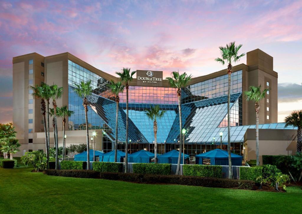 Отель  DoubleTree by Hilton Orlando Airport Hotel  - отзывы Booking