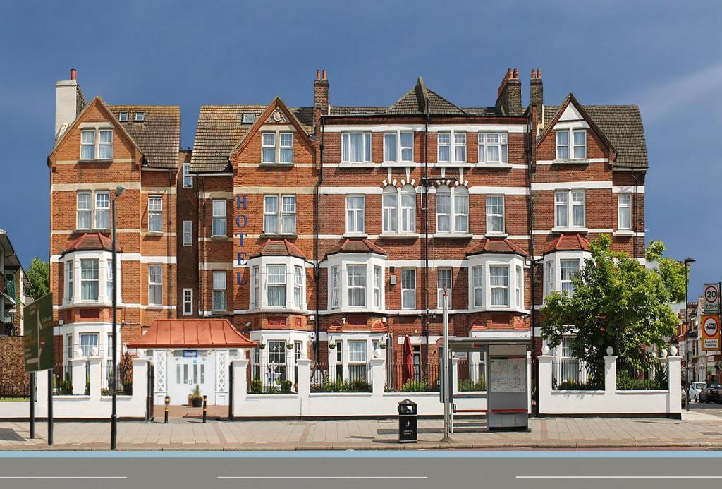 Отель  Отель  Clapham South Belvedere Hotel