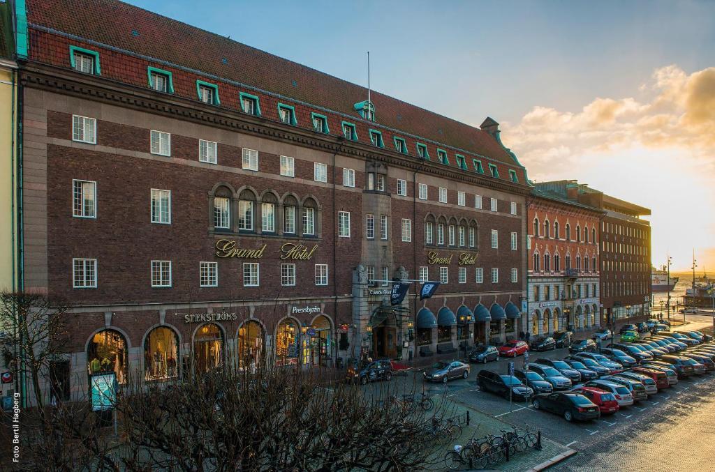 Отель  Clarion Grand Hotel  - отзывы Booking