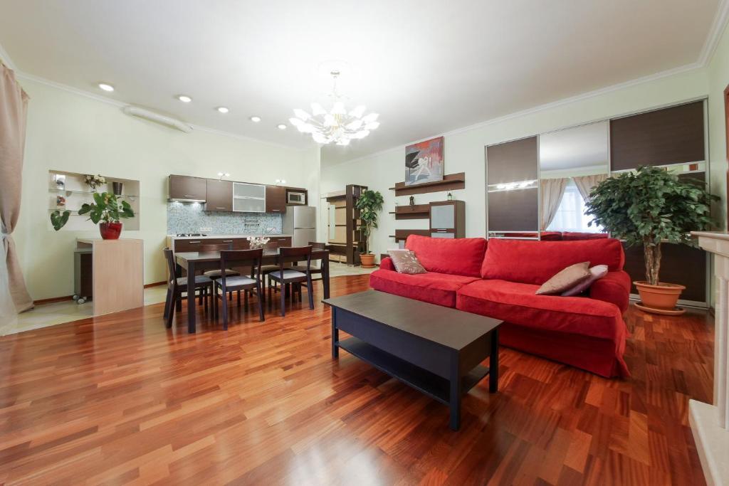 Апартаменты/квартира hth24 apartments on Marata 14 - отзывы Booking