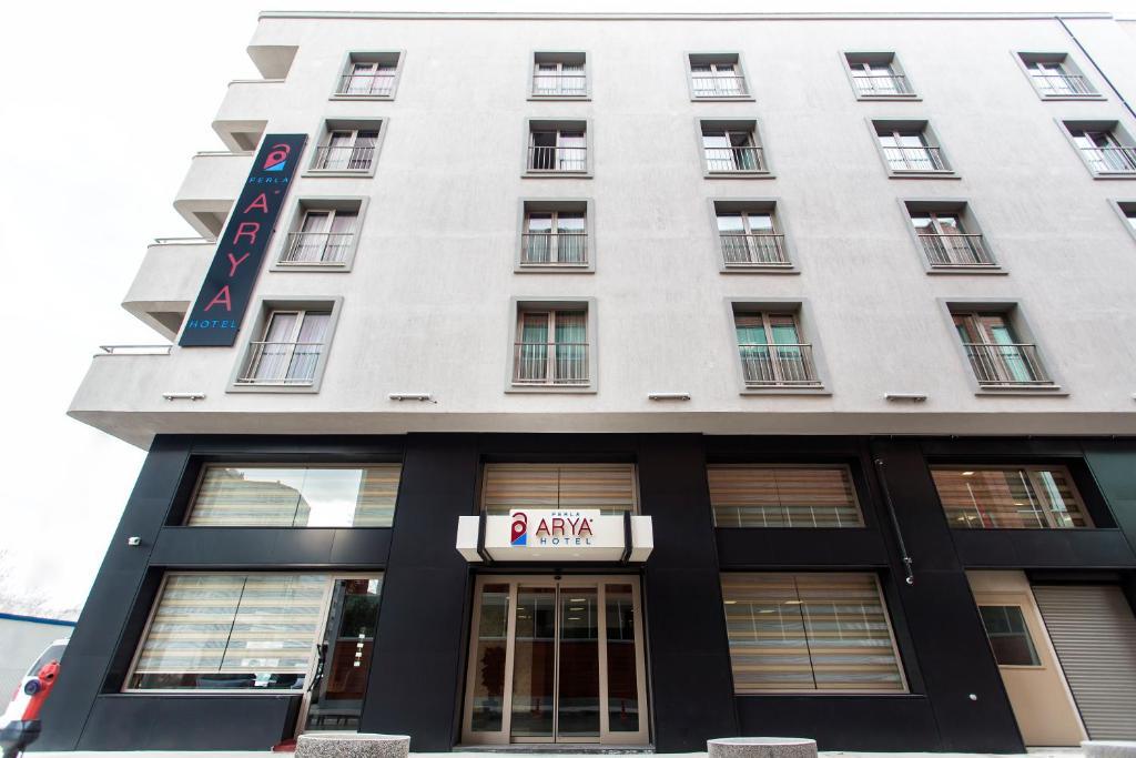 Отель Отель Perla Arya Hotel