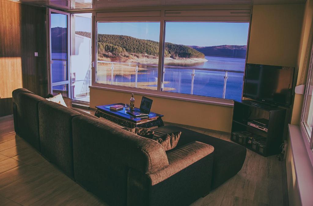 Отель типа «постель и завтрак»  Lakeview-Estate ApartHotel  - отзывы Booking