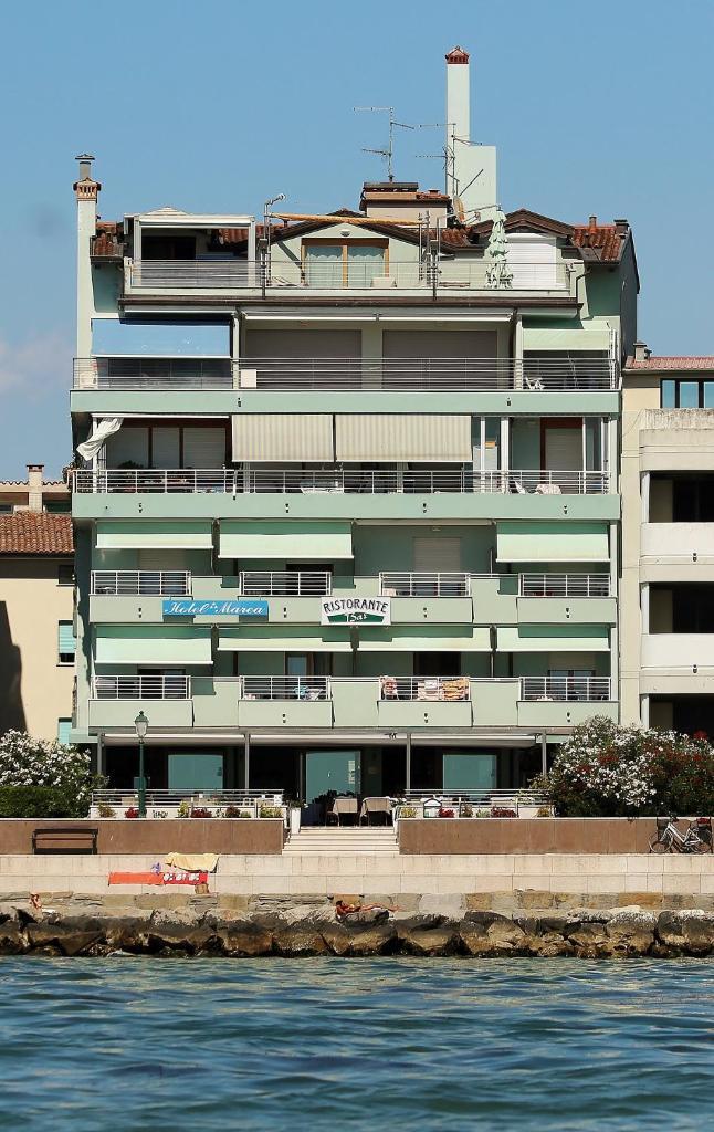 Отель  Hotel Marea  - отзывы Booking