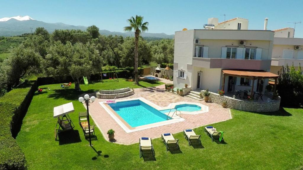 A view of the pool at Villa Elisabeth or nearby