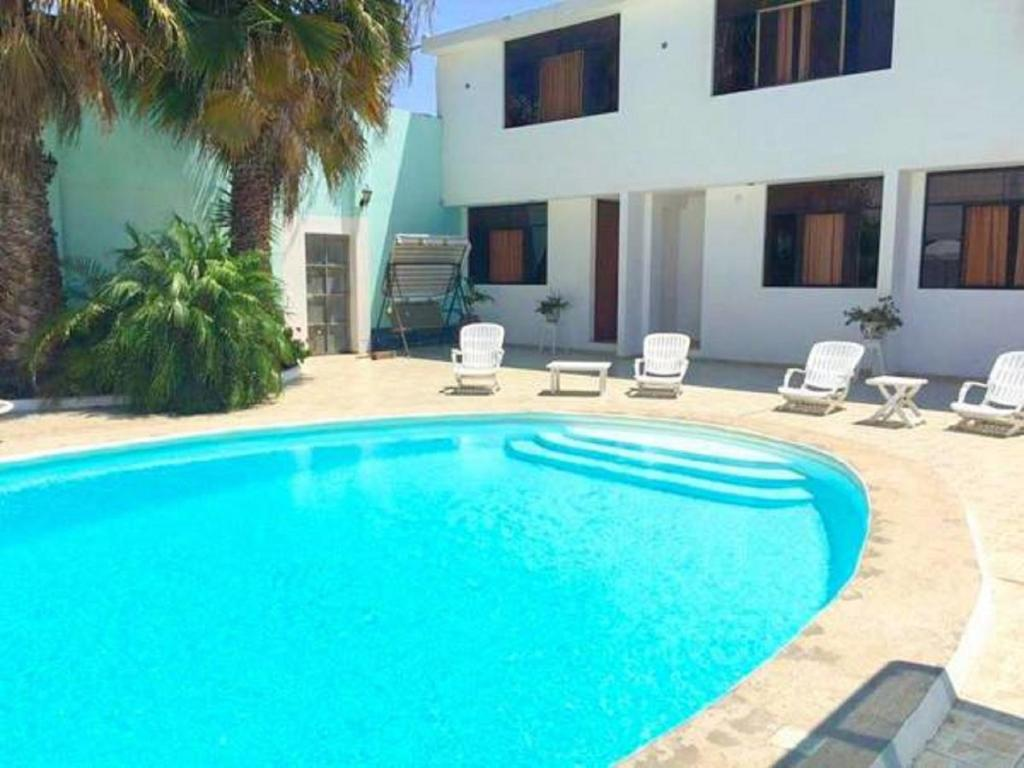 The swimming pool at or close to Hotel La Posada Del Ingles