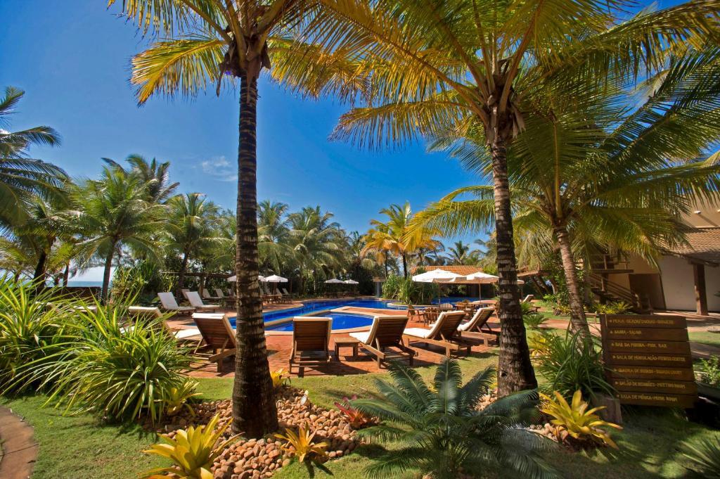 A piscina localizada em Bupitanga Hotel ou nos arredores