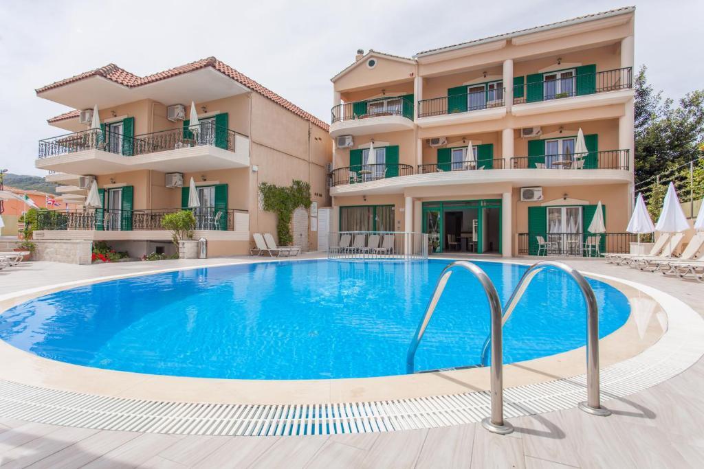 Πισίνα στο ή κοντά στο Konstantinos Hotel & Apartments 2