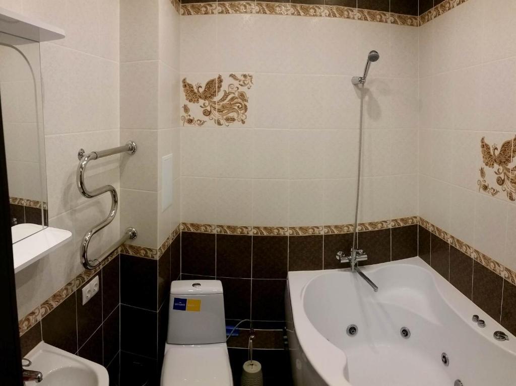 A bathroom at Studio on Viktora Usa 4