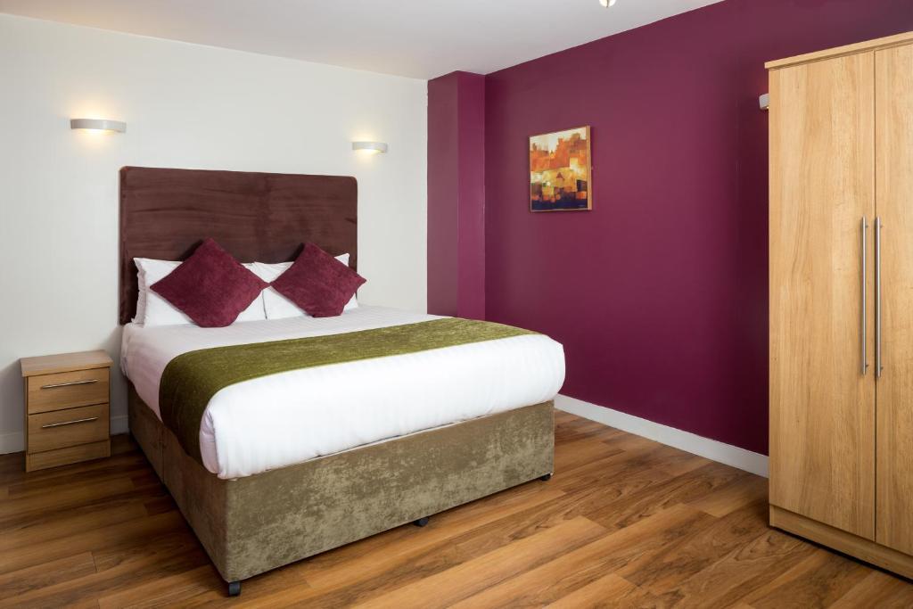 Roomzzz Leeds Headingley - Laterooms