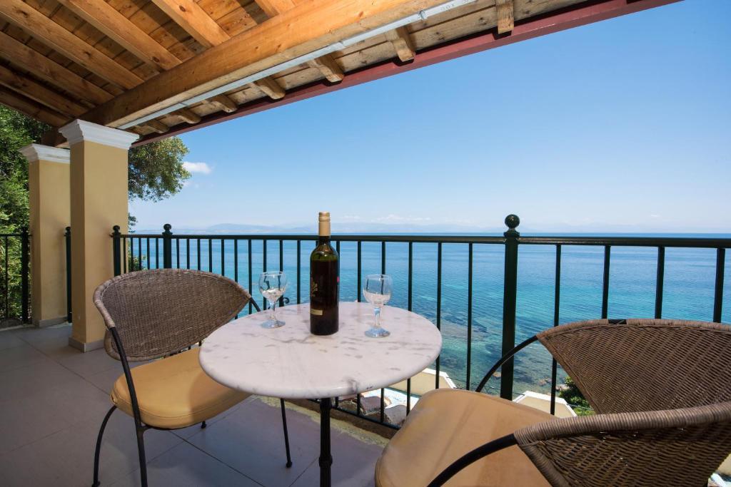 Balkón nebo terasa v ubytování 9 Muses Sea View Studios (Adults Only)