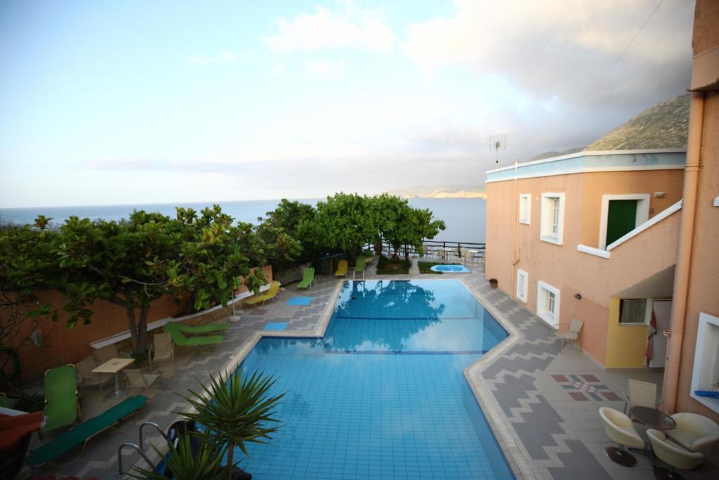 Πισίνα στο ή κοντά στο Ormos Atalia