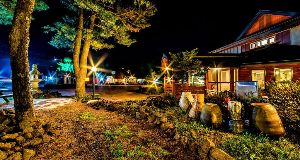 Songdangsongdang Pension and Resort