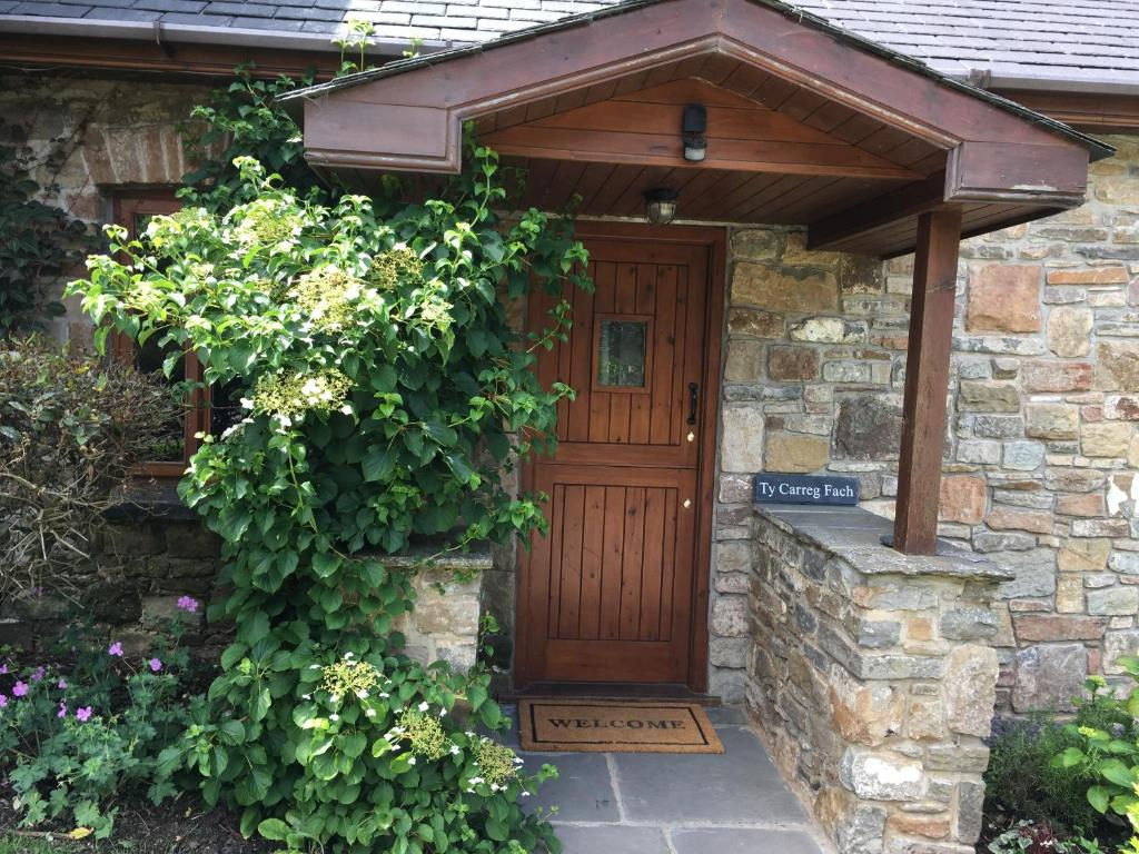 Ty Carreg Fach Staycation Cottage Cardiff