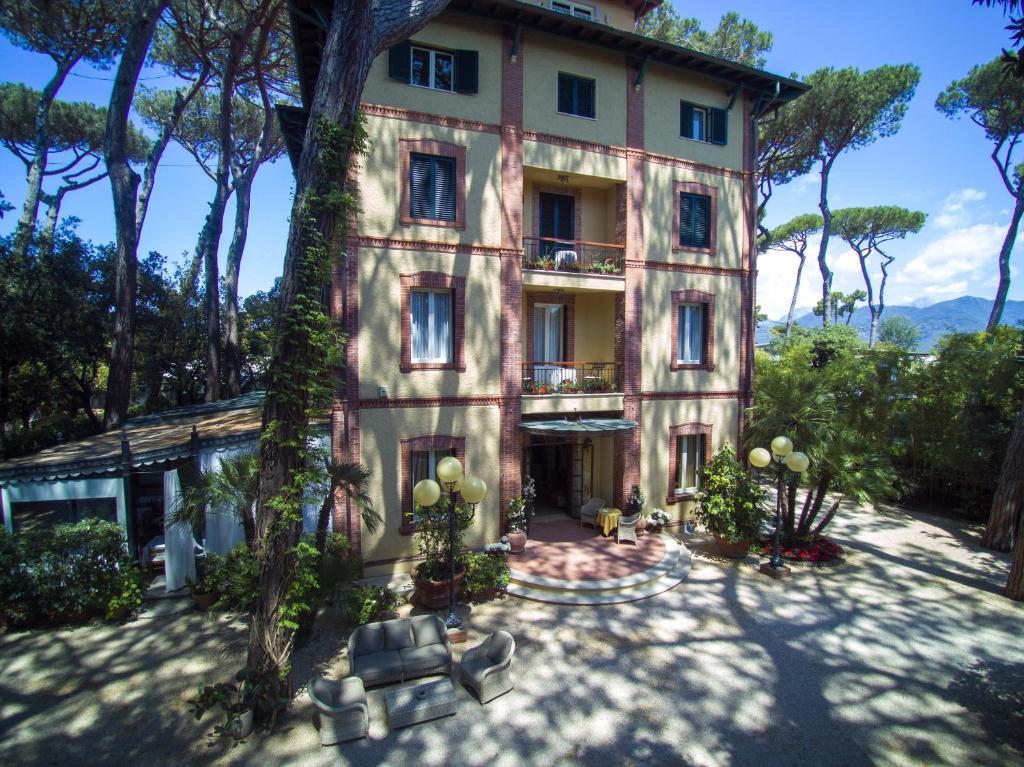 Hotel Villa Tiziana Marina di Pietrasanta, Italy