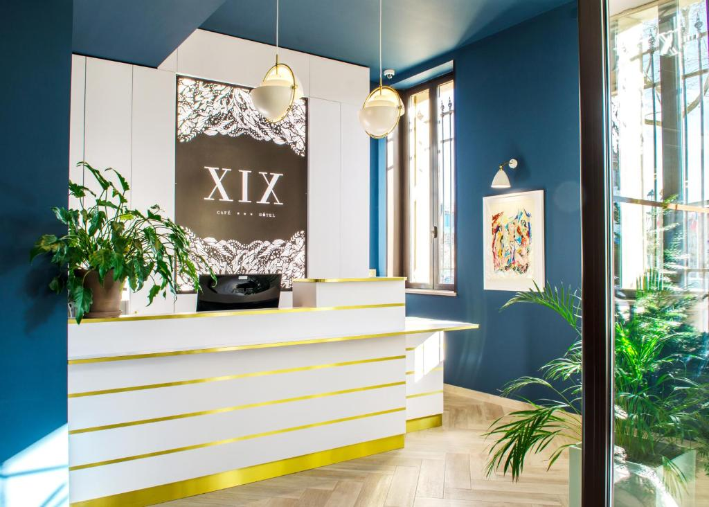 The lobby or reception area at Hôtel le XIX