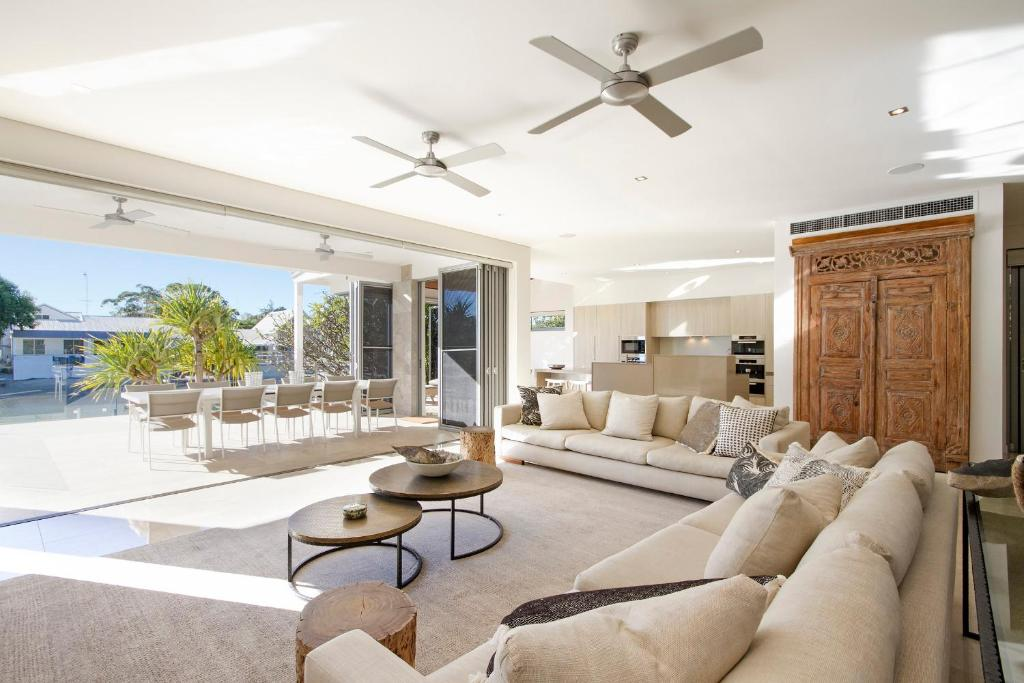 A seating area at 24 Mossman Court
