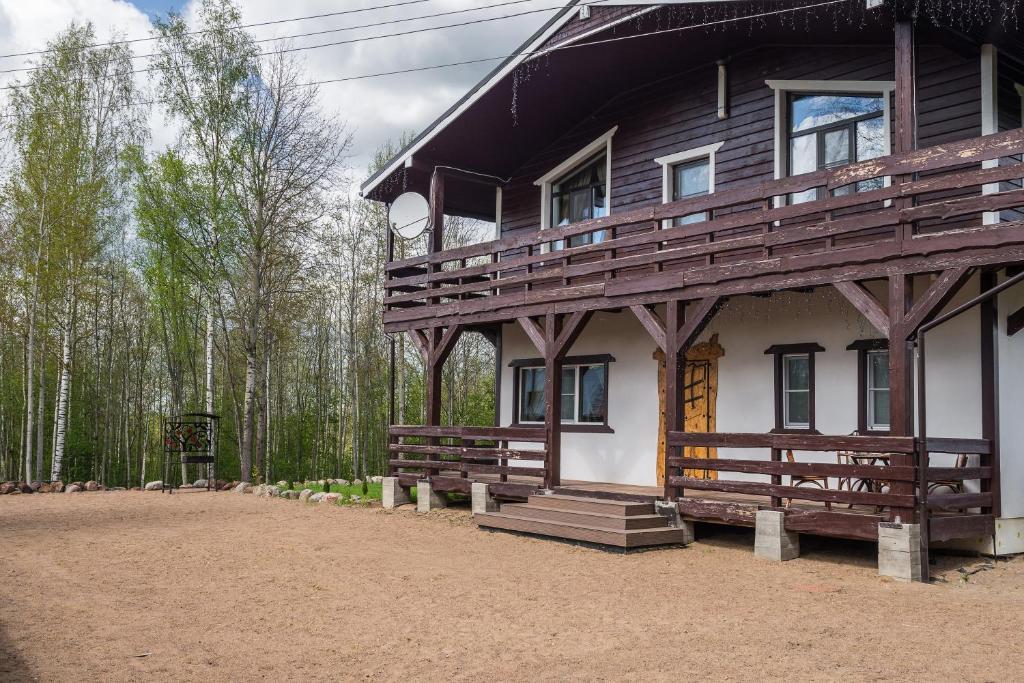 Альпийский коттедж продам квартиру дубай