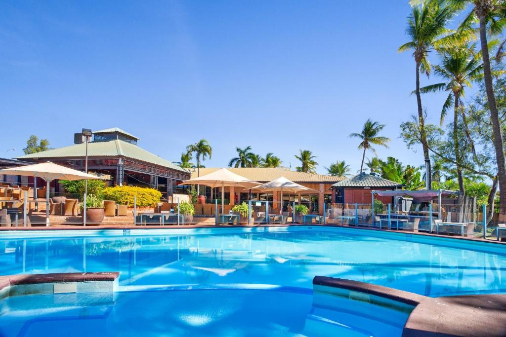 The swimming pool at or near Karratha International Hotel