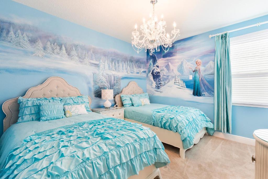 Vacation Home 6 Br 6 Ba Disney Themed Rooms Orlando Fl Booking Com