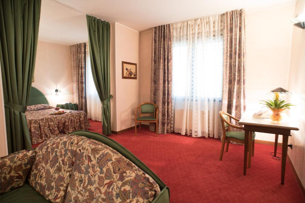 Hotel Tessarin Taglio di Po, Italy