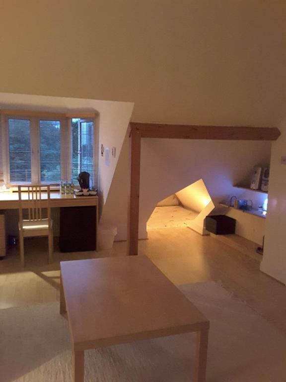 Osterley Studio Room