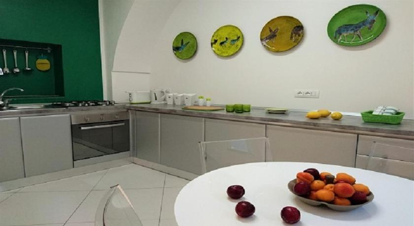 A kitchen or kitchenette at Il Miracolo