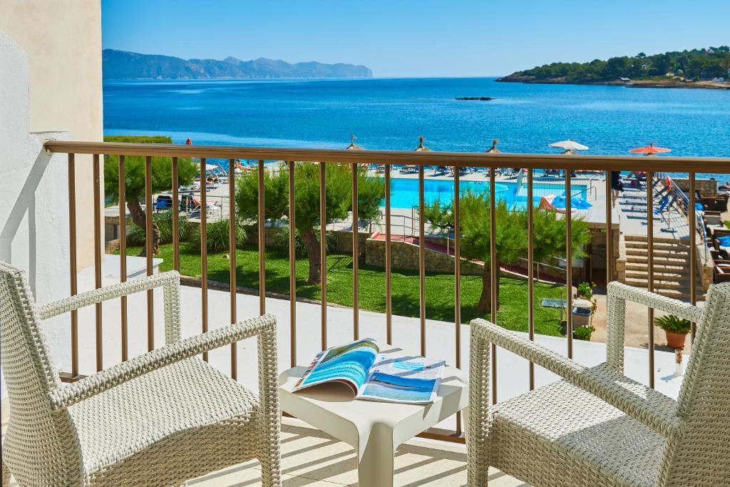 A balcony or terrace at Hotel Moré