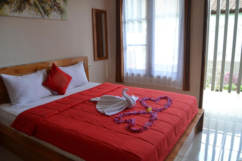 Ein Bett oder Betten in einem Zimmer der Unterkunft Sakha House