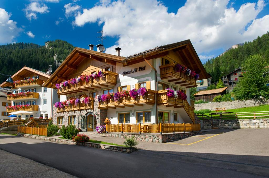 Hotel Al Viel B&B Canazei, Italy