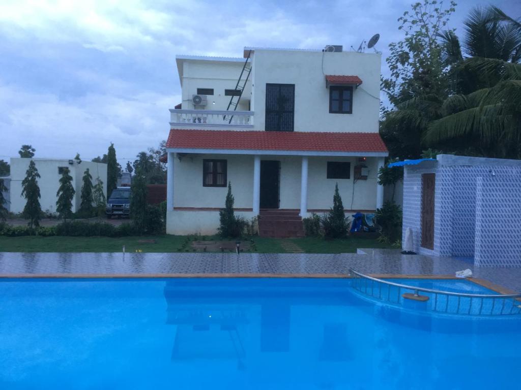 Bali Garden New Villa With Swimming Pool Mahabalipuram 7 8 10 Updated 2021 Prices