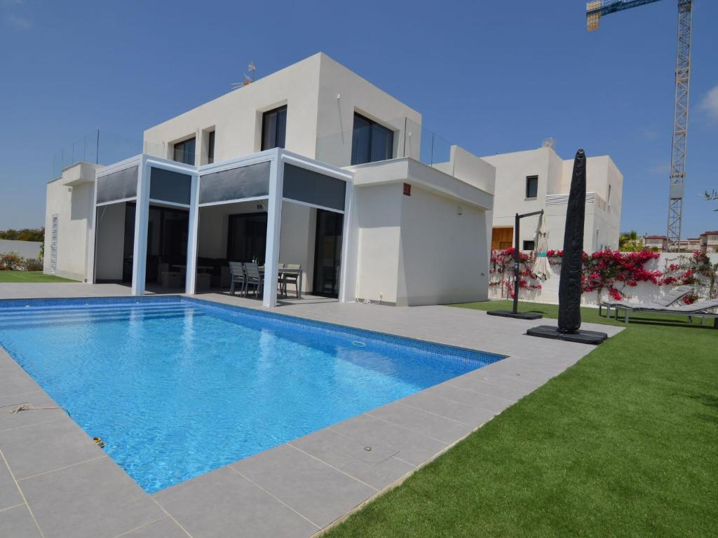Modern Villa in San Fulgencio Valencia with Private Pool
