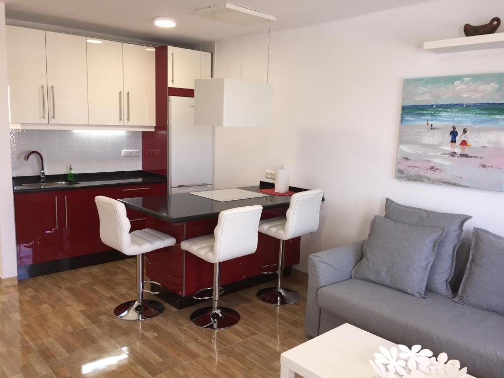 Una cocina o zona de cocina en Apartamento Albatros