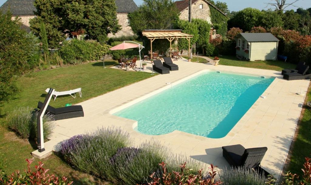 A view of the pool at Domaine le Muret or nearby