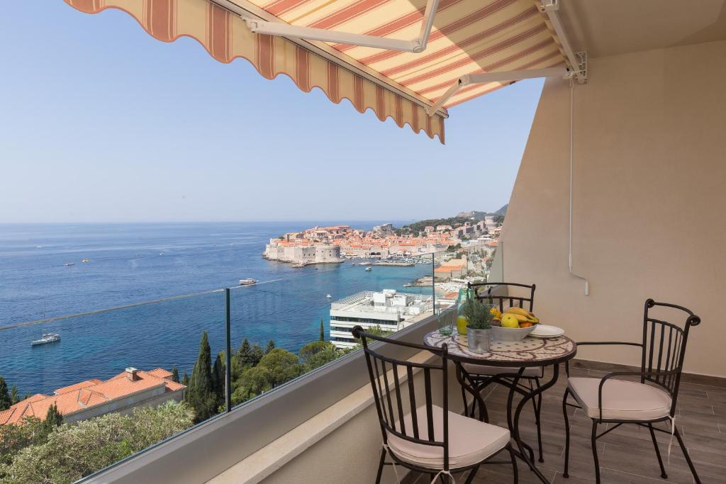 A balcony or terrace at Amorino Of Dubrovnik Apartments