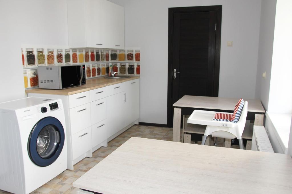 """Кухня или мини-кухня в """"Солнечная орхидея"""""""